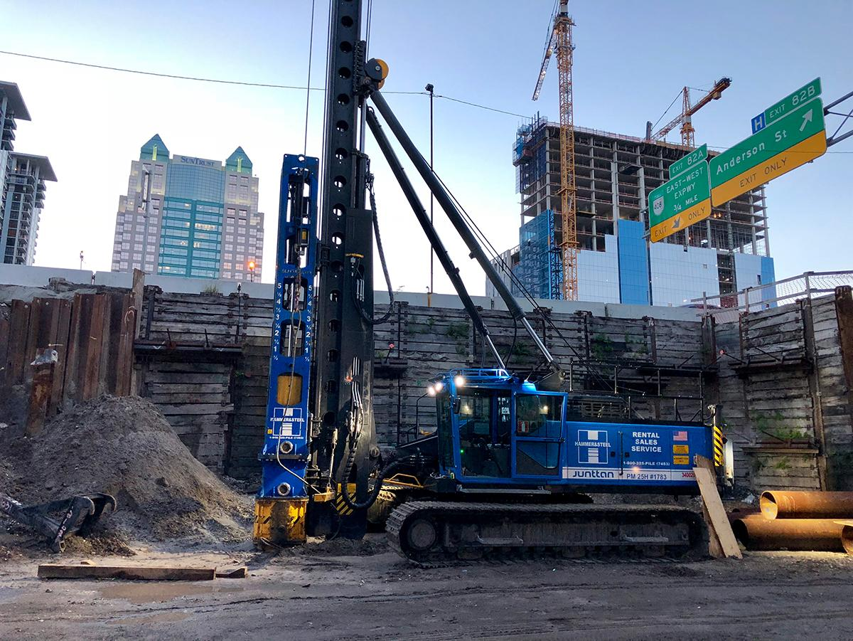 Junttans in the half way of piling in I-4 project | Junttan
